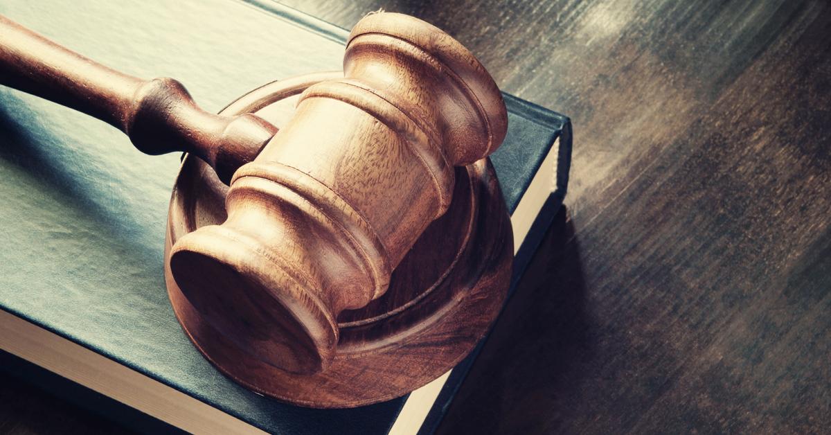 Legal_Gavel_onBooks